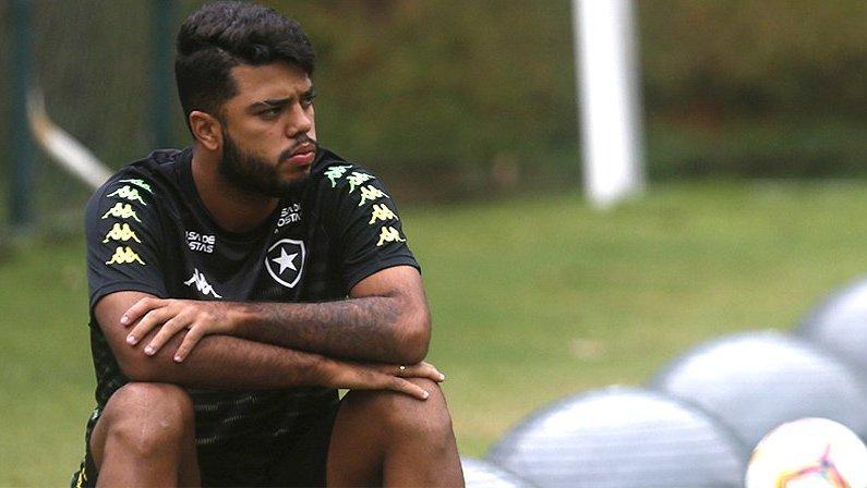 Leandrinho deixa o Botafogo na Justiça