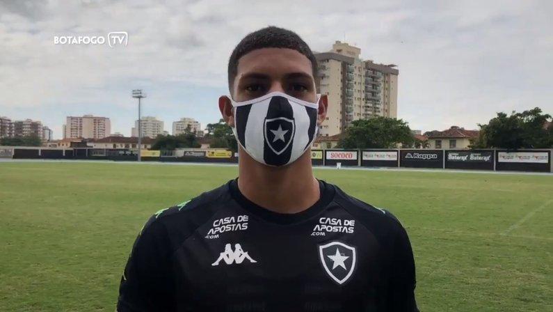 Luis Henrique, atacante do Botafogo, fala sobre a chegada de Kalou