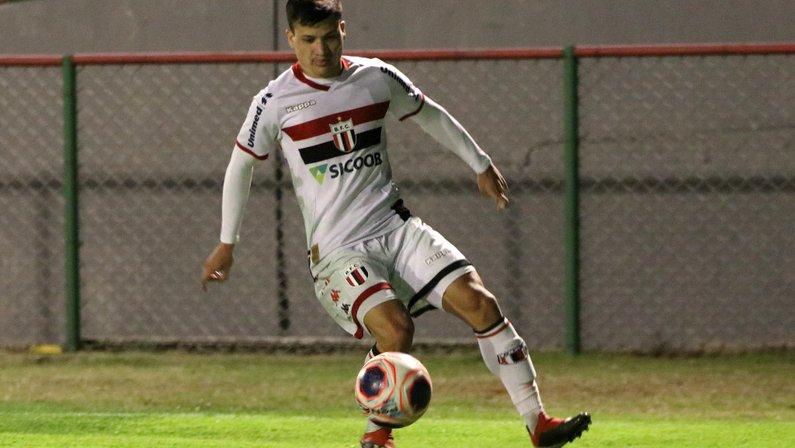 Ronald, atacante do Botafogo-SP