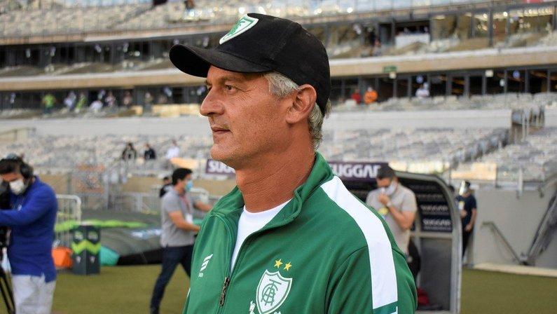 Lisca, ex-América-MG, é alvo de Vasco e Botafogo para temporada 2021