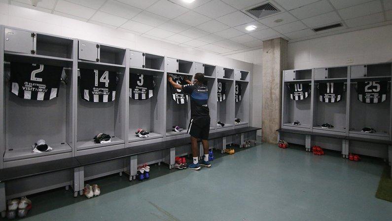 Botafogo está escalado com Kelvin e Warley para missão contra o Cuiabá