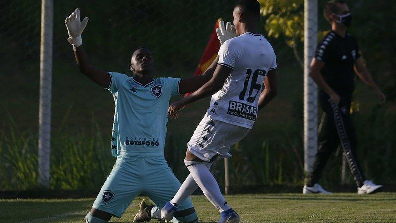 Herói no sub-20, Andrew comemora: 'Botafogo me formou como homem. Título importante e especial'