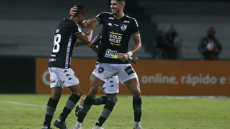 Blog: 'Vitória revitaliza Botafogo, que fará no Rio sete dos próximos nove jogos'