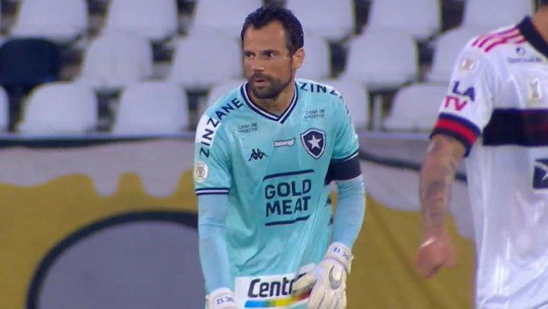 Diego Cavalieri em Botafogo x Flamengo | Campeonato Brasileiro 2020
