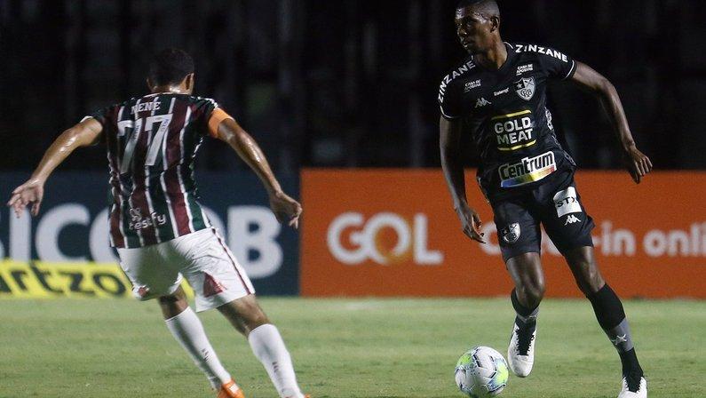 Kanu - Fluminense x Botafogo