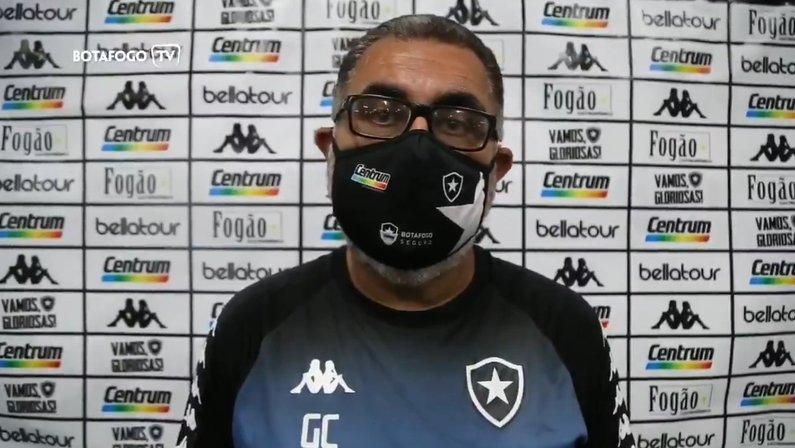 Gláucio Carvalho, técnico do Botafogo no futebol feminino