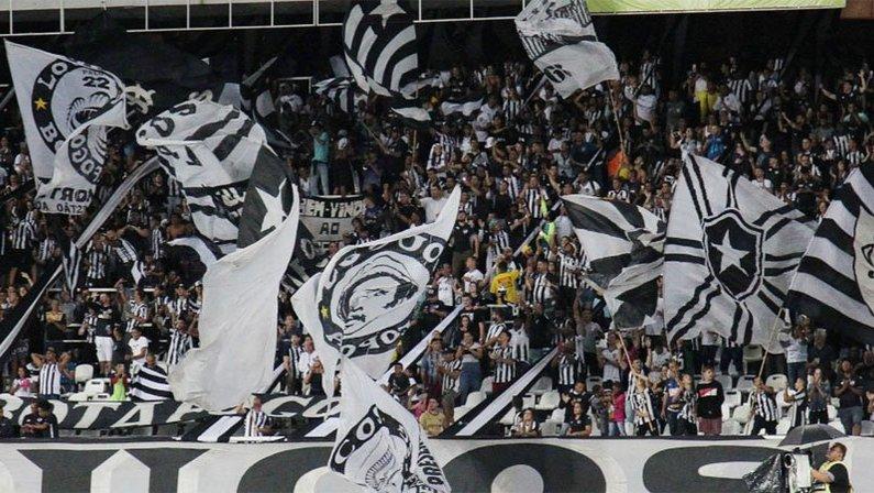 Torcida em Botafogo x Boavista no Estádio Nilton Santos   Campeonato Carioca 2020