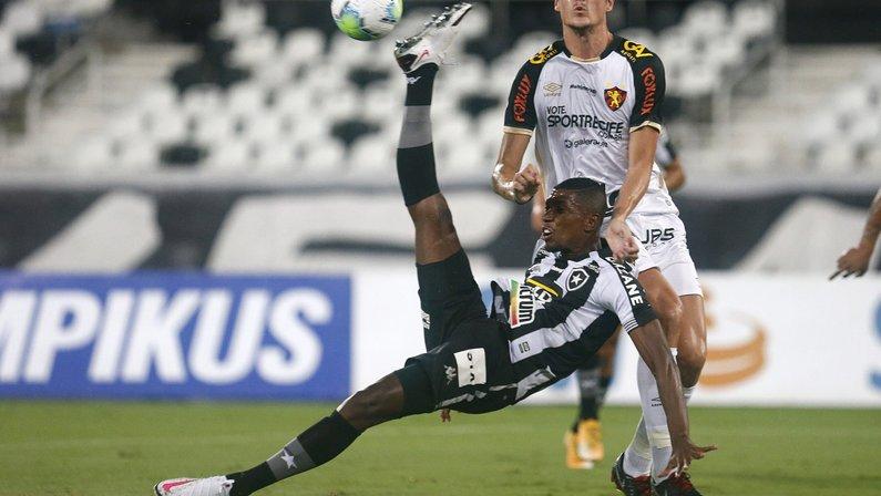 São Paulo faz reunião com Botafogo nesta terça e tenta acordo por Kanu