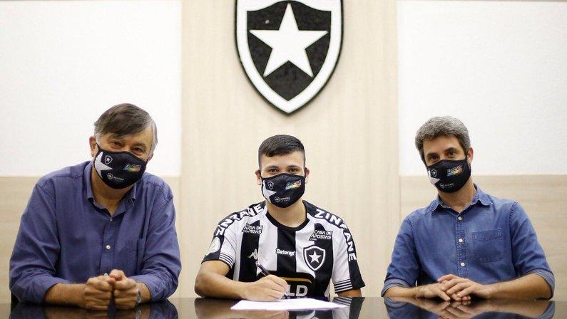 Ronald é o primeiro reforço do Botafogo para 2021