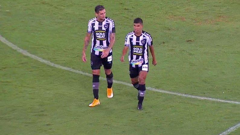 Rafael Navarro e Cesinha em Botafogo x Sport | Campeonato Brasileiro 2020