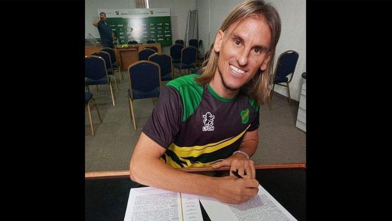 Sebastián Beccacece, cotado no Botafogo e no Santos, retorna ao Defensa y Justicia