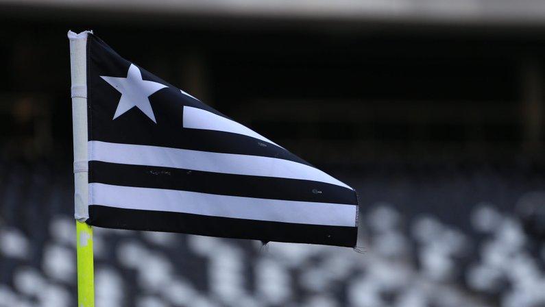 Bandeira do Botafogo no Estádio Nilton Santos (Engenhão) - Botafogo x Castelo - Campeonato Brasileiro Sub-20