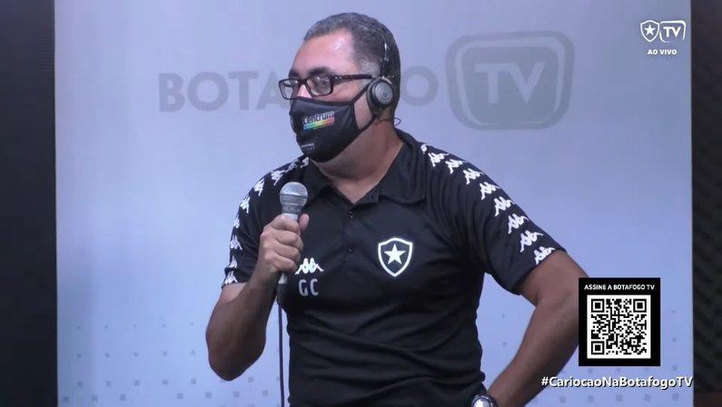 Glaucio Carvalho, técnico do feminino na Botafogo TV