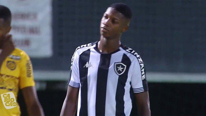 Matheus Babi em Botafogo x Madureira   Campeonato Carioca 2021