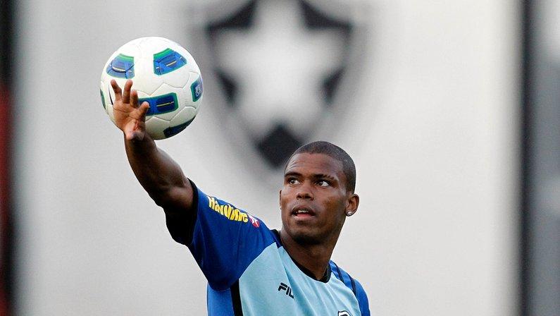 Maicosuel é um exemplo de um Botafogo diferenciado