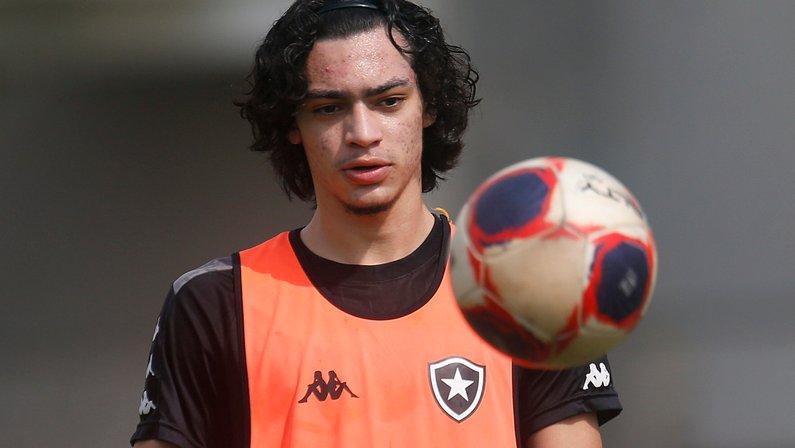 Gerente da base do Botafogo elogia Matheus Nascimento: 'É um jogador espetacular'