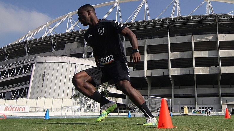 Kayque- Botafogo