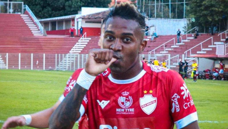 Kelvin, ex-Botafogo, está no Vila Nova