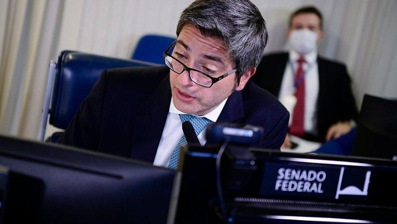 Carlos Portinho (PL-RJ), senador relator do projeto do clube-empresa
