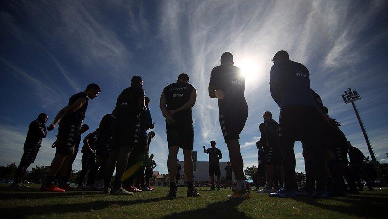 Time que mais perde chances claras de gol na Série B, Botafogo precisa 'pôr o pé na forma' contra o Vitória