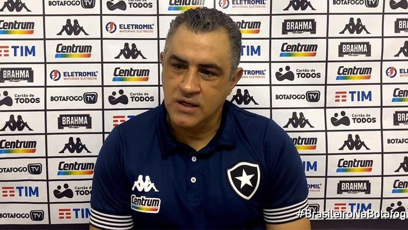 Marcelo Chamusca em Náutico x Botafogo   Série B do Campeonato Brasileiro