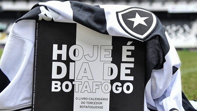 Hoje É Dia De Botafogo, livro de Rafael Casé