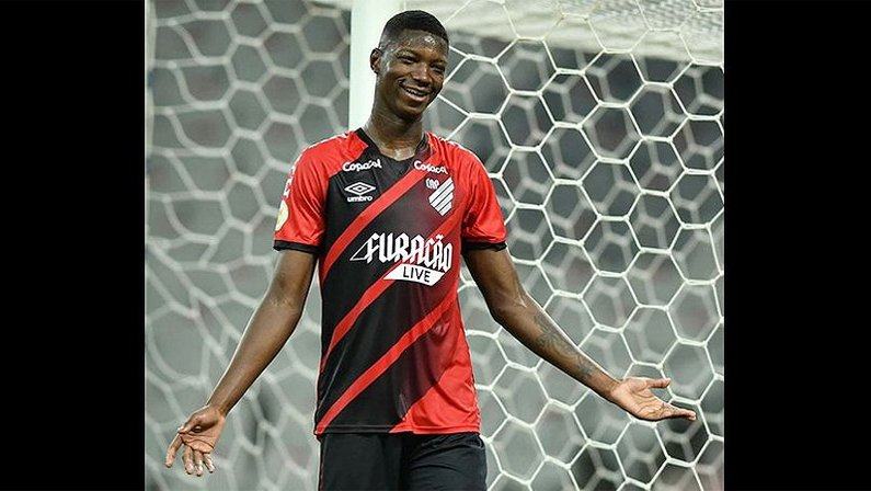 Matheus Babi em Athletico-PR x Atlético-GO | Campeonato Brasileiro 2021