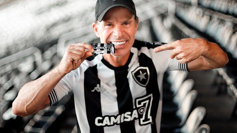 Túlio Maravilha divulga Camisa 7, novo plano de sócios do Botafogo