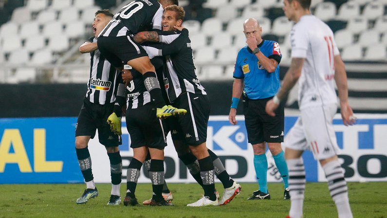 Gol de Diego Gonçalves - Botafogo x Vasco