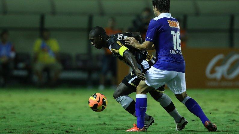 Hoje na Série B, Botafogo e Cruzeiro fizeram 'final' no Brasileirão de 2013