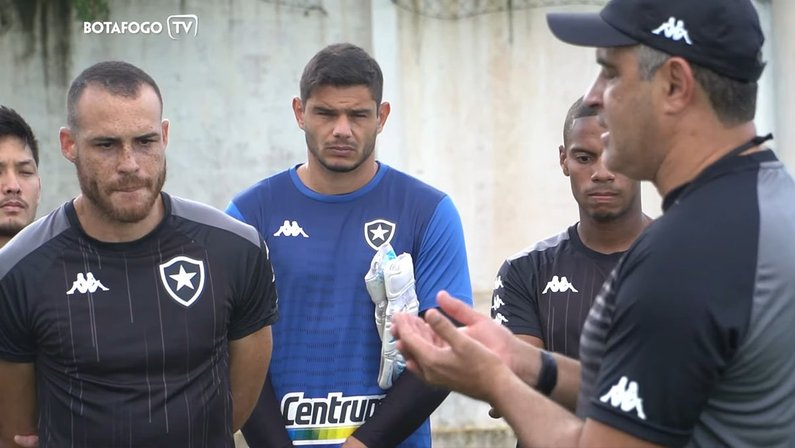 Douglas Borges - Treino do Botafogo no CT do CSA