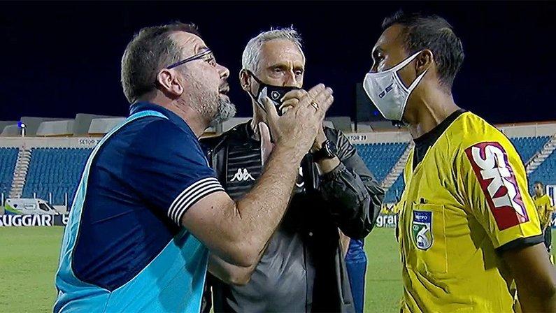Enderson Moreira expulso em Confiança x Botafogo   Série B do Campeonato Brasileiro 2021