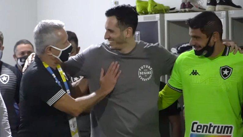 Gatito Fernández - Vestiários de Botafogo x CSA
