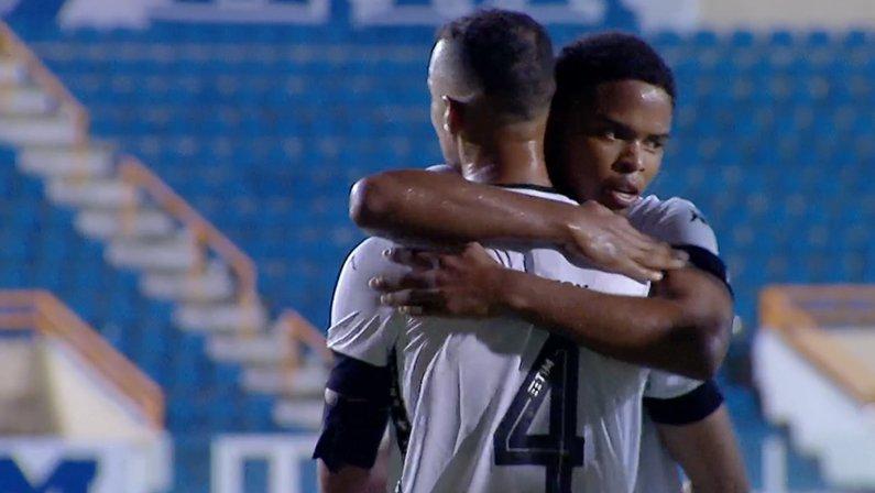 Gilvan e Lucas Mezenga em Confiança x Botafogo | Série B do Campeonato Brasileiro 2021