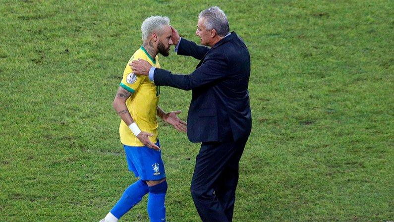 Neymar e Tite em Brasil x Peru   Copa América 2021