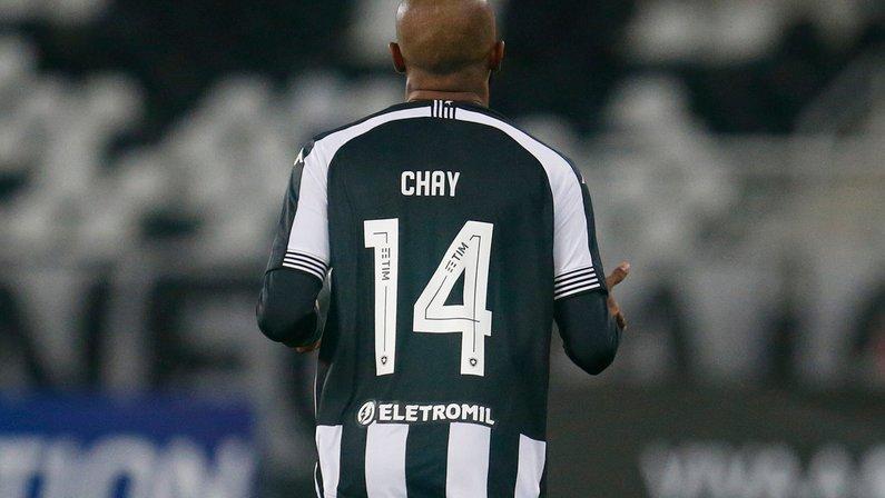 Felipe Neto revela que era contra vinda de Chay para o Botafogo: 'Obrigado por calar minha boca'