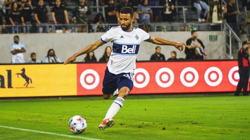 Caio Alexandre, ex-Botafogo, em ação pelo Vancouver Whitecaps