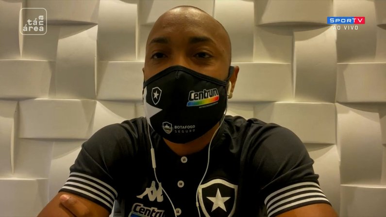 Chay, do Botafogo, no 'Tá na Área' do SporTV