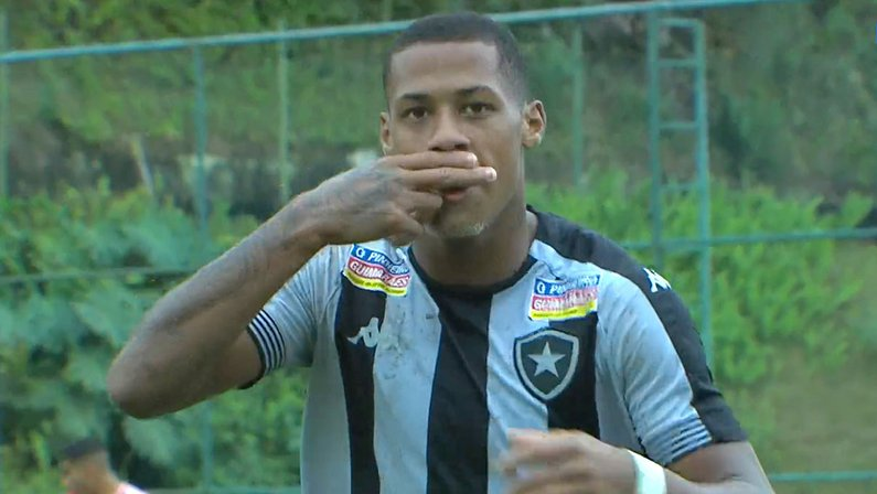 Gol de Gabriel Conceição - Botafogo x Internacional - Campeonato Brasileiro Sub-20