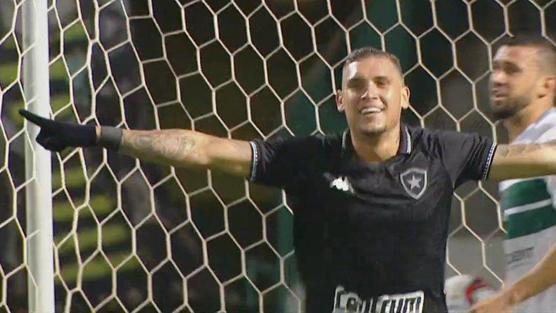 Rafael Navarro em Coritiba x Botafogo   Série B do Campeonato Brasileiro 2021
