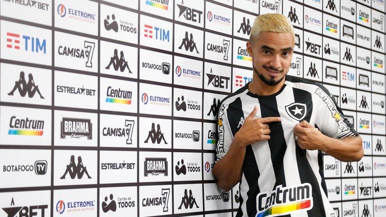 Rafael vislumbra ficar no banco domingo e estrear em breve pelo Botafogo: 'Não vejo a hora'