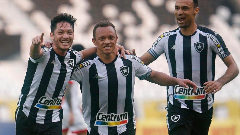 Botafogo abre 'duas rodadas' de vantagem para o 5º colocado na Série B do Brasileirão