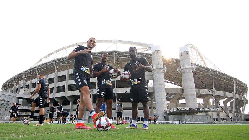 Melhor mandante, Botafogo reencontra torcida no Nilton Santos diante do Sampaio Corrêa