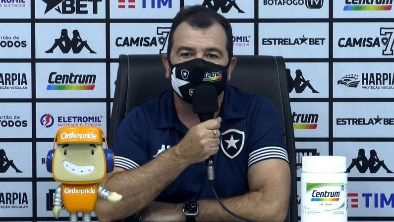 Enderson dedica vitória do Botafogo à torcida: 'Foi fantástica, apoiou do início ao fim'