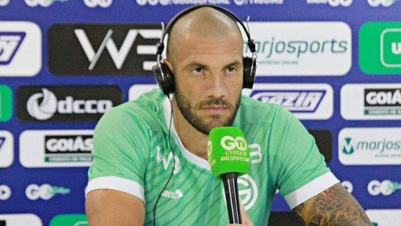 Botafogo desiste de contratar Fernandão, ex-Goiás