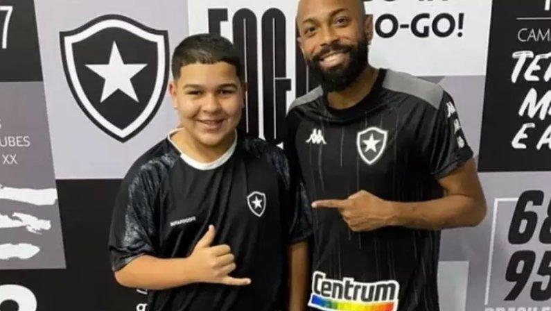 Gordin do TikTok e Chay no Botafogo