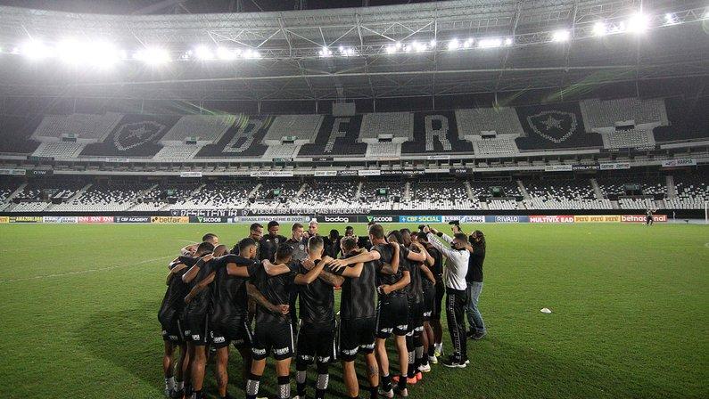 Botafogo x Brusque muda de data e será no dia 20/10 no Nilton Santos