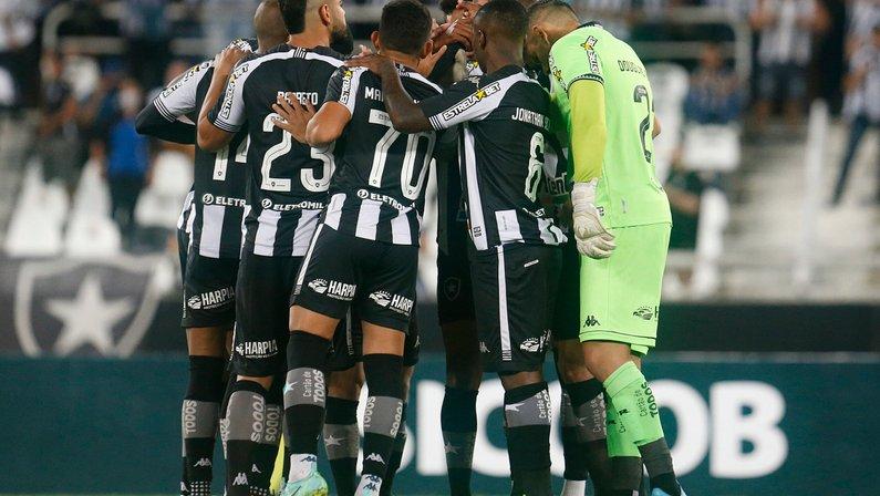 Coritiba é amassado pelo Cruzeiro em casa, e Botafogo pode virar líder da Série B na próxima rodada