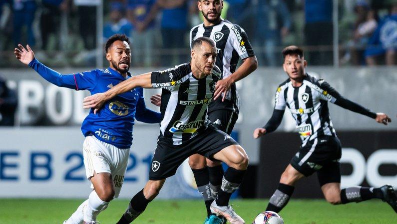 Pedro Castro - Cruzeiro x Botafogo