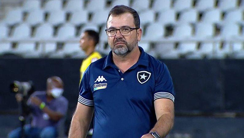 Enderson Moreira em Botafogo x CRB | Série B do Campeonato Brasileiro 2021